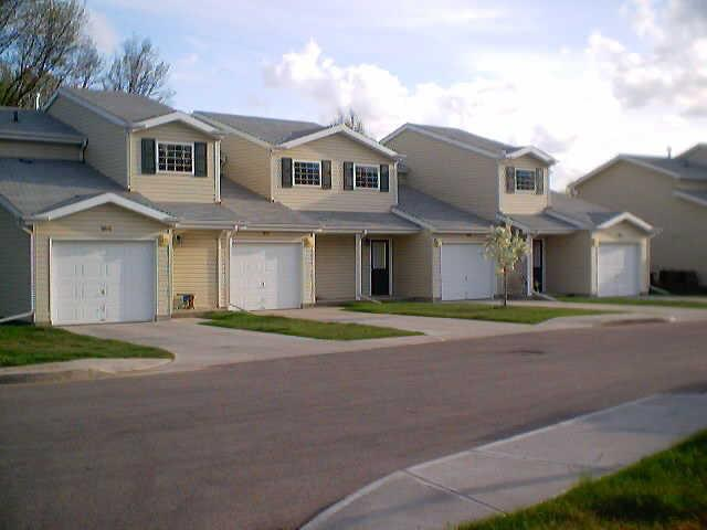 Caravelle Apartments And Townhomes Photo #1