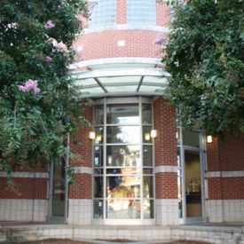 Photo of Charlotte Mecklenburg Library Plaza Midwood Branch