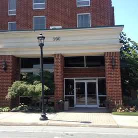 Photo of Hampton Inn & Suites Charlottesville-At The University