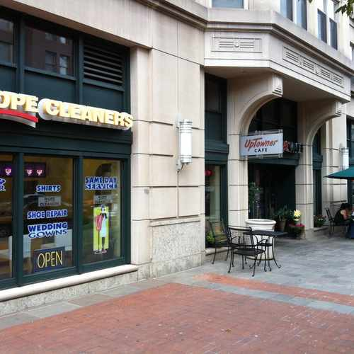 photo of Uptowner Cafe at 2400 M Street Northwest Washington DC 20037