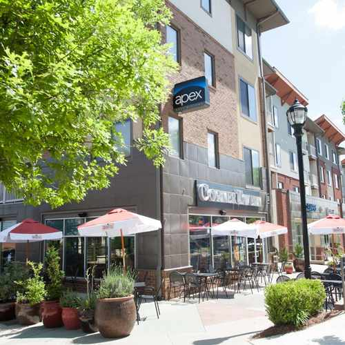 photo of Apex West Midtown Apartments at 1133 Huff Road Northwest Atlanta GA 30318