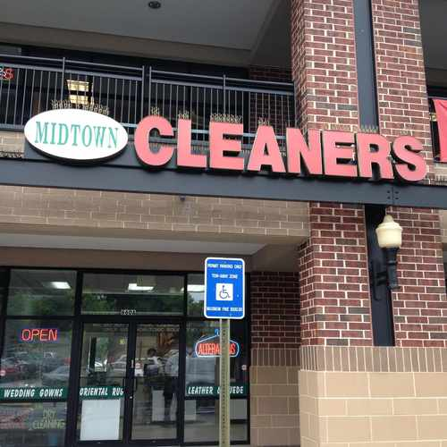 photo of Midtown Cleaners at 650 Ponce De Leon Avenue Northeast Atlanta GA 30308