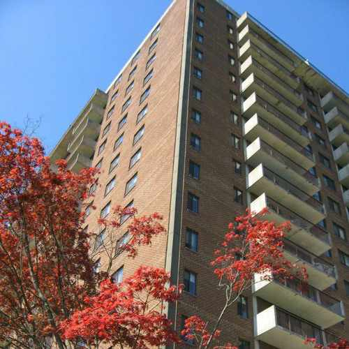 photo of The Pierre Apartments at 185 Prospect Avenue Hackensack NJ 07601