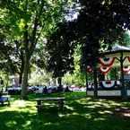 Photo of Lakeside Park in Oakville
