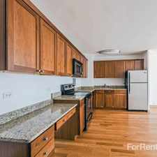 Rental info for 2933 N Sheridan Apartments