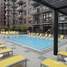 Rental info for AMLI Lofts in the Chicago area
