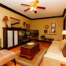 Rental info for $3900 3 bedroom Apartment in North Side Lakeview in the Old Irving Park area