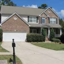 Rental info for $1,495/mo, 4 bedrooms - convenient location.