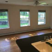 Rental info for 3 bedrooms House - Large & Bright in the Bettendorf area
