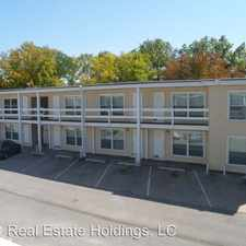 Rental info for 1420 Oakland Rd NE #15 in the 52402 area