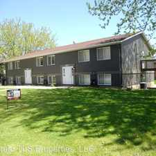 Rental info for 219 Chambers Ave - 4 in the Owatonna area