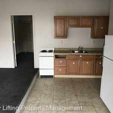 Rental info for 1901 Bellevue Road Apt 1-Front in the 17104 area