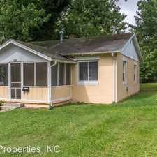 Rental info for 106 S Roosevelt in the Bloomington area