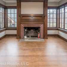 Rental info for 1302 Quincy Ave - Unit #1