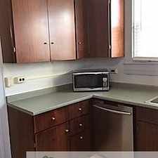 Rental info for Town House for rent near Transit Lines #3, 8, 22, and 36. Also, estimated 10 minute commute to downtown by vehicle. in the Better Waverly area