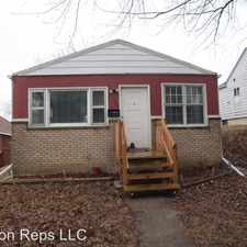 Rental info for 143 4th St in the East Moline area