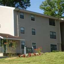 Rental info for Hickory, Great Location, 3 bedroom Apartment. in the Hickory area