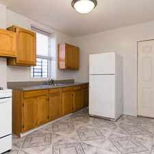Rental info for 917 Onderdonk Avenue #3 in the Glendale area