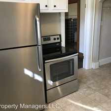 Rental info for 1422 Lewis St. in the Charleston area