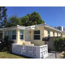 Rental info for 1838 Fillmore Street #3 in the Hollywood area