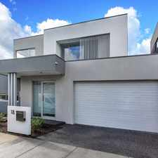 Rental info for 6 MONTH LEASE ONLY in the Bentleigh area