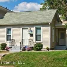 Rental info for 1013 E. Cedar St in the South Bend area
