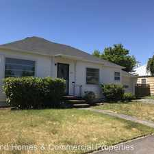 Rental info for 3129 SE 77th Ave. in the South Tabor area
