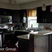 Rental info for 1339 Bloomington St in the Iowa City area