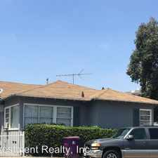 Rental info for 909 Alamitos Ave in the Central Long Beach area