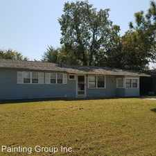 Rental info for 420 NW Glendale Dr