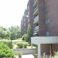 Rental info for 25 Glengarry #3½ in the Laval area