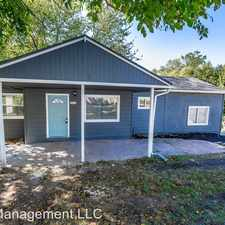Rental info for 4412 N Brighton Ave in the Winnwood area