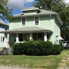 Rental info for 3527 Oliver St in the Fort Wayne area