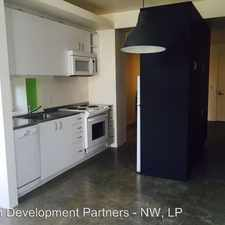 Rental info for 2510 SE 33rd Place in the Portland area