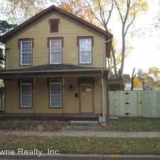 Rental info for 807 W. Washington Blvd. in the Fort Wayne area