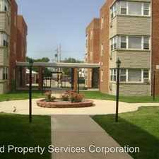 Rental info for 2409 W Balmoral Ave. in the Lincoln Square area