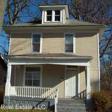 Rental info for 3115 Bowser Ave in the Fort Wayne area