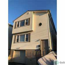 Rental info for Spacious Newly renovated 3 br apt section 8 okay! in the Newark area