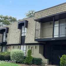 Rental info for 2808-2816 Throckmorton Street in the Dallas area