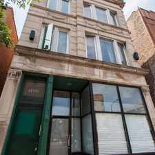 Rental info for 1352 North Western Avenue #2F in the Chicago area