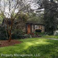 Rental info for 342 North Oak Street in the Statesville area