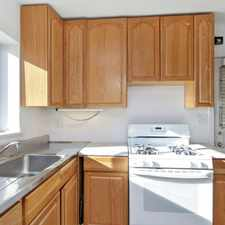 Rental info for 511 Judson Ave in the Evanston area