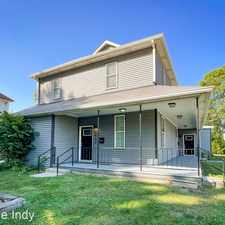 Rental info for 1450/1452 Woodlawn Ave in the Fountain Square area