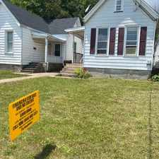 Rental info for 2209 Ne Jefferson St in the East Peoria area