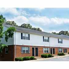 Rental info for Lakewood Garden Apartments in the Norfolk area