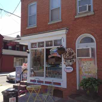 Photo of Splits and Giggles Cafe in Lancaster