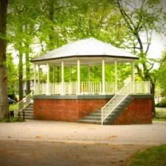 Photo of Westerleigh Park in Westerleigh, New York