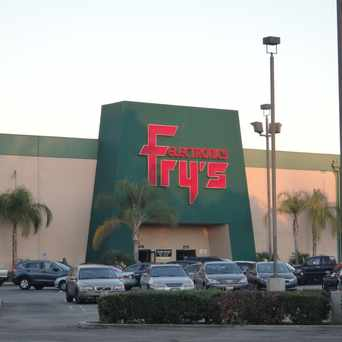 Photo of Fry's Electronics in Woodland Hills-Warner Center, Los Angeles