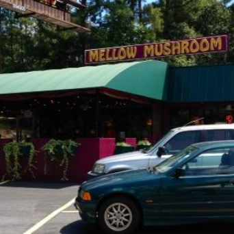 Photo of Mellow Mushroom Emory in North Druid Hills