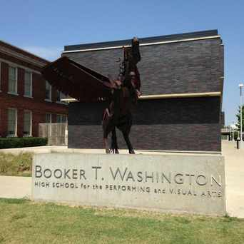 Photo of Booker T. Washington High School in Downtown, Dallas